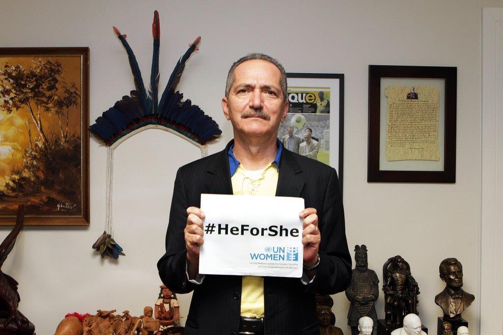 Ministro do Esporte, Aldo Rebelo, adere à campanha internacional #HeForShe pela igualdade de gênero/
