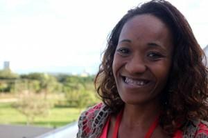 Jovens mulheres negras destacam os desafios de enfrentar o racismo no Brasil/
