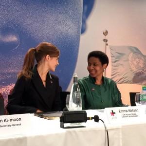 No Fórum Econômico Mundial, ONU Mulheres lança a iniciativa piloto Impacto 10x10x10 da campanha HeForShe para empresas, governos e universidades/