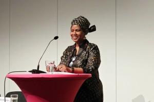 Violência contra mulheres é a pior manifestação da desigualdade de gênero, diz diretora executiva da ONU Mulheres/