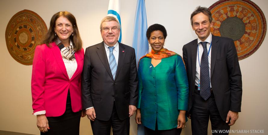 Comitê Olímpico Internacional e ONU Mulheres firmam parceria sobre meninas e esporte/