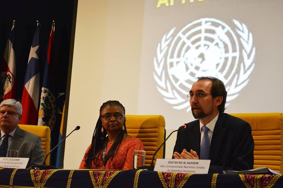 'Racismo tem profundas raízes no colonialismo e na escravidão', diz chefe de direitos humanos da ONU/
