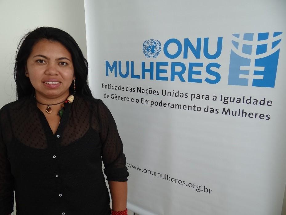Entre a aldeia e a universidade, a terena Simone Amado é uma das articuladoras políticas indígenas no Centro Oeste/