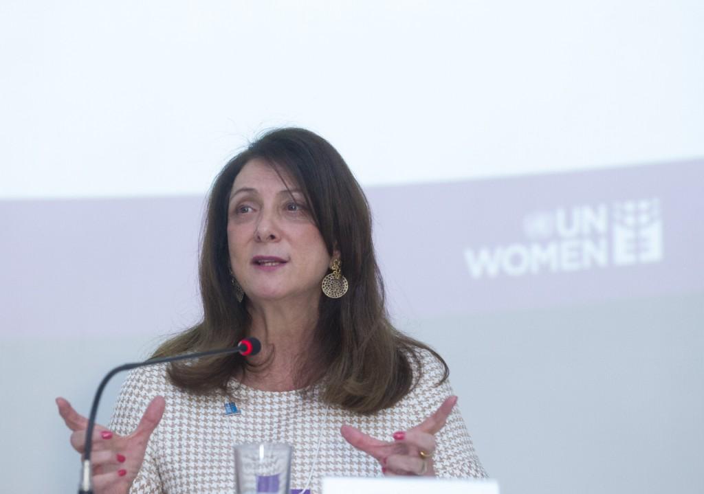 Mulheres brasileiras são maiores beneficiárias de políticas sociais, destaca nova publicação da ONU Mulheres e do governo brasileiro/