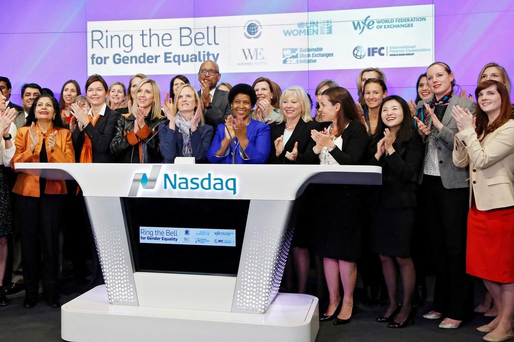BMF Bovespa se une a mais de 40 bolsas de valores do mundo e toca o sino pela igualdade de gênero em ato com a ONU Mulheres/