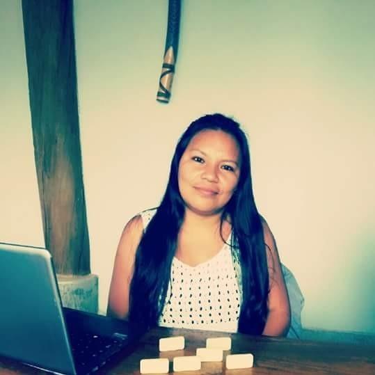 """""""As escolas têm que pautar a questão da violência contra as mulheres indígenas"""", diz Braulina Baniwa no Dia Laranja/"""