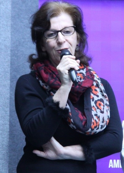"""""""É preciso falar de gênero nas escolas"""", diz cientista social Sylvia Cavasin/"""