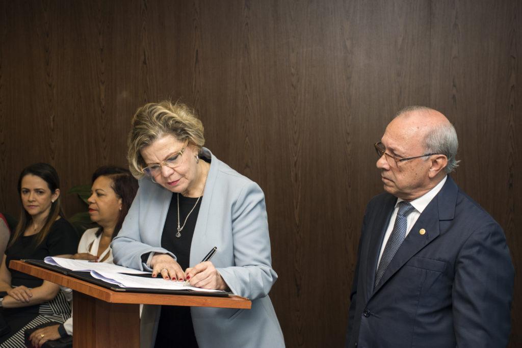 ONU Mulheres e Tribunal de Justiça de Minas Gerais firmam parceria para implementar diretrizes para investigação de feminicídios/violencia contra as mulheres onu mulheres noticias igualdade de genero feminicidio direitosdasmulheres