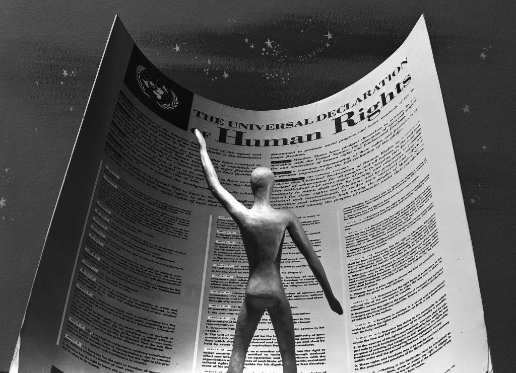 ONU chama pessoas a celebrar os 70 anos da Declaração Universal dos Direitos Humanos/noticias direitos humanos direitosdasmulheres