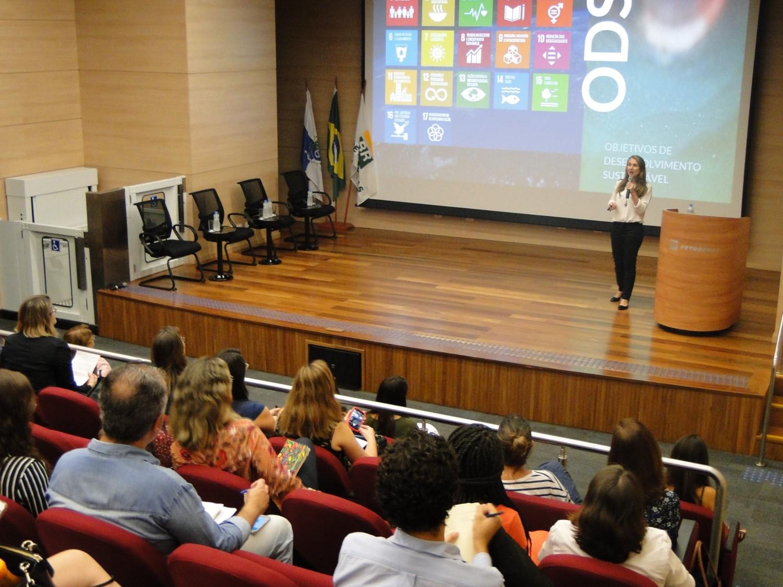 II Fórum WEPs Rio reúne lideranças empresariais para discutir a igualdade de gênero e o empoderamento econômico das mulheres/onu mulheres igualdade de genero ganha ganha empoderamento economico direitos humanos direitosdasmulheres