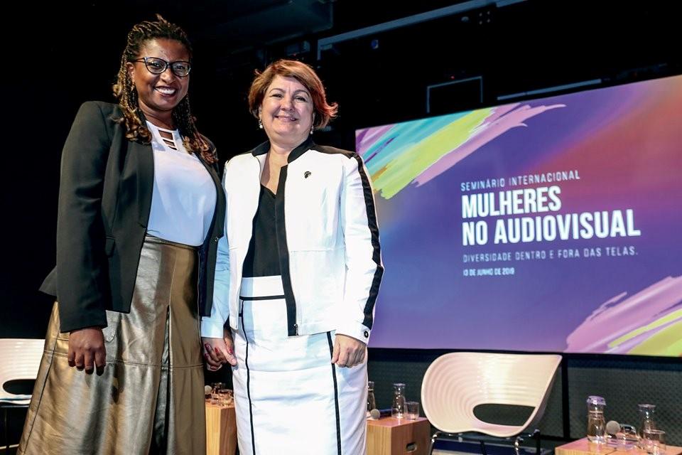 ONU Mulheres e Ancine firmam Aliança por um Audiovisual 50 50 e defendem igualdade de gênero na indústria do cinema/planeta 50 50 pacto de midia onu mulheres noticias igualdade de genero brasil 50 50