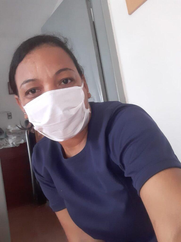 Após 25 anos no trabalho doméstico, Andresa Silva conquista registro em carteira  profissional/trabalhadoras domesticas noticias empoderamento economico covid19
