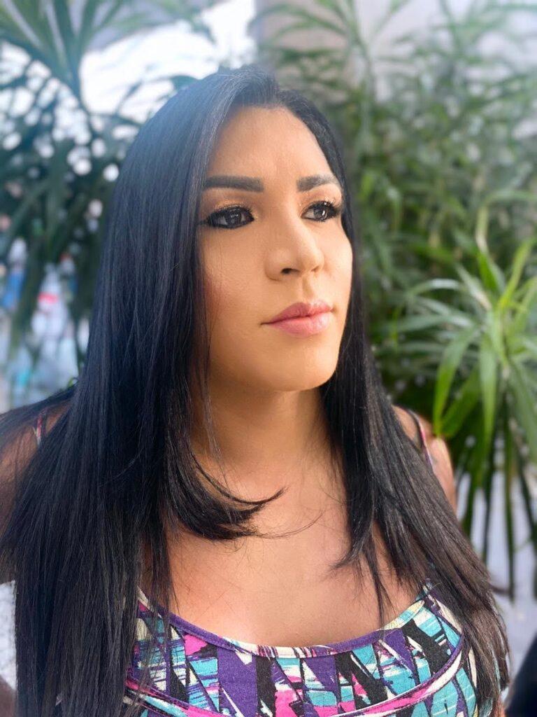 """Nas palavras de Bruna Fonseca: É muito importante darem oportunidades para pessoas trans, para pessoas que viviam da prostituição. Dar oportunidade para essas mulheres é inclusão; mostra que as pessoas trans podem sim ser inseridas em qualquer lugar""""/noticias lbgt geracao igualdade direitos humanos covid19"""